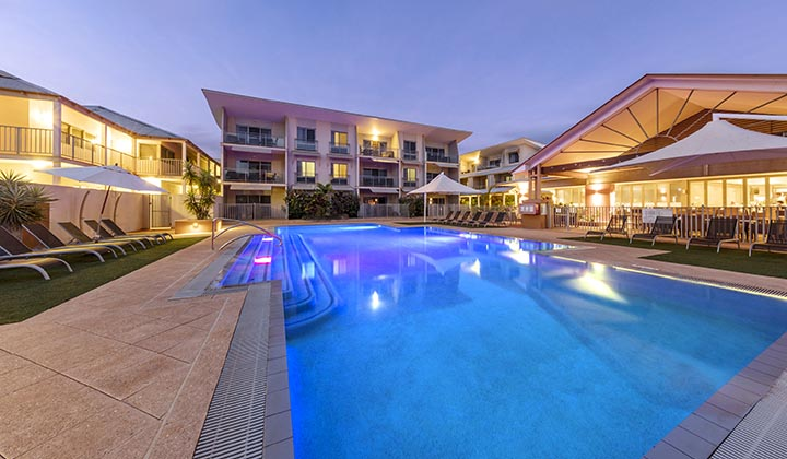 NEW WEB Gallery Oaks Broome 0008 BROX 18 19 WA Oaks Broome Pool 2 3000