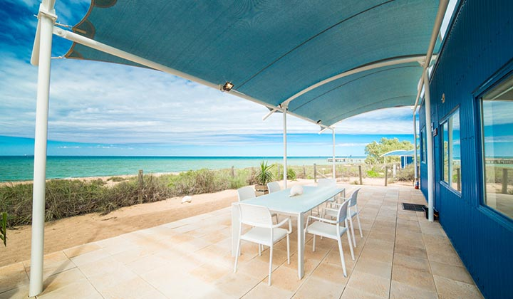 NEW WEBSITE Gallery 720 x 420 0002 Mackerel Islands accommodation beachfront cabin outdoor dining BBQ 2