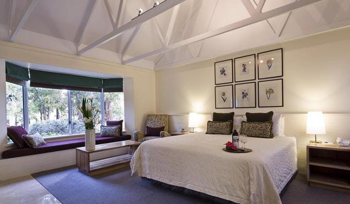 NEW WEBSITE Gallery Cape Lodge 0009 GV Bedroom